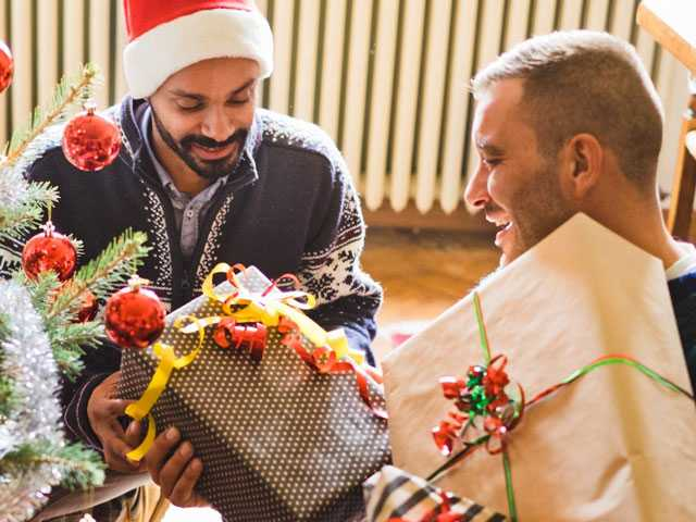 4 Ways To Give Back & Heal During The Holidays