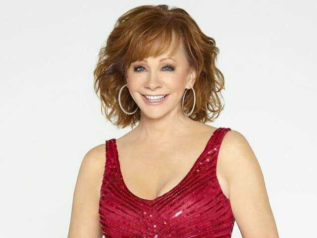 Reba McEntire Talks Gays at Christmas, Politicization of Her Faith-Based Music