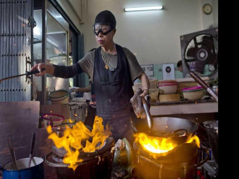 Michelin Star Boosts Thai Chef to Stardom