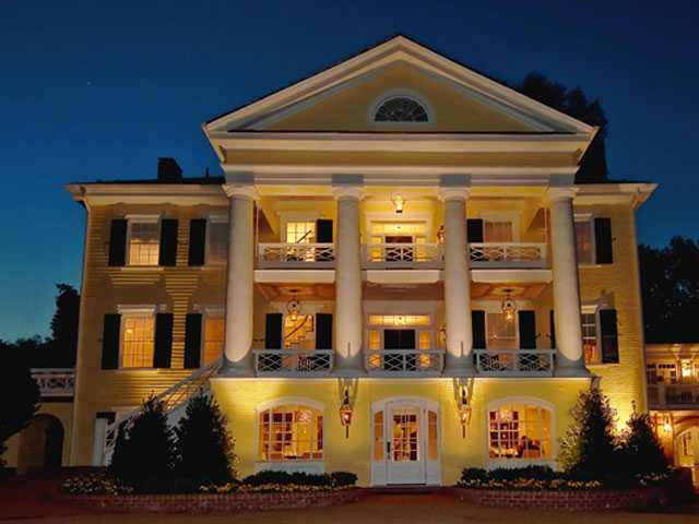20 Legendary Hotels Inducted into Historic Hotels of America