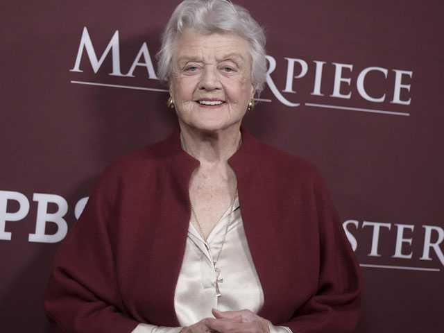 'Murder, She Wrote' Star Lansbury, 92, Schools Young Actors