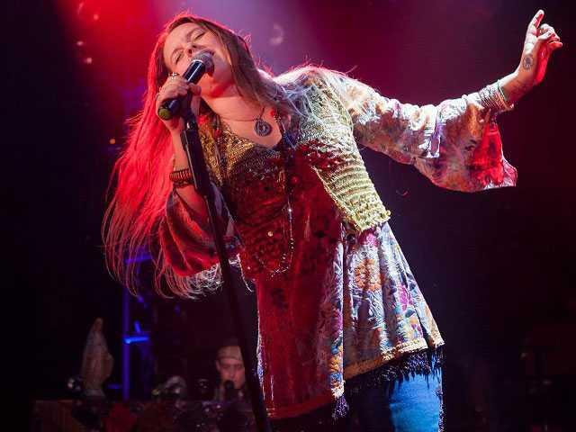 Newton Native Kelly McIntyre Channels Janis Joplin in Musical Homage