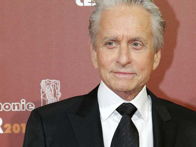 Former Employee: Michael Douglas Fondled Himself