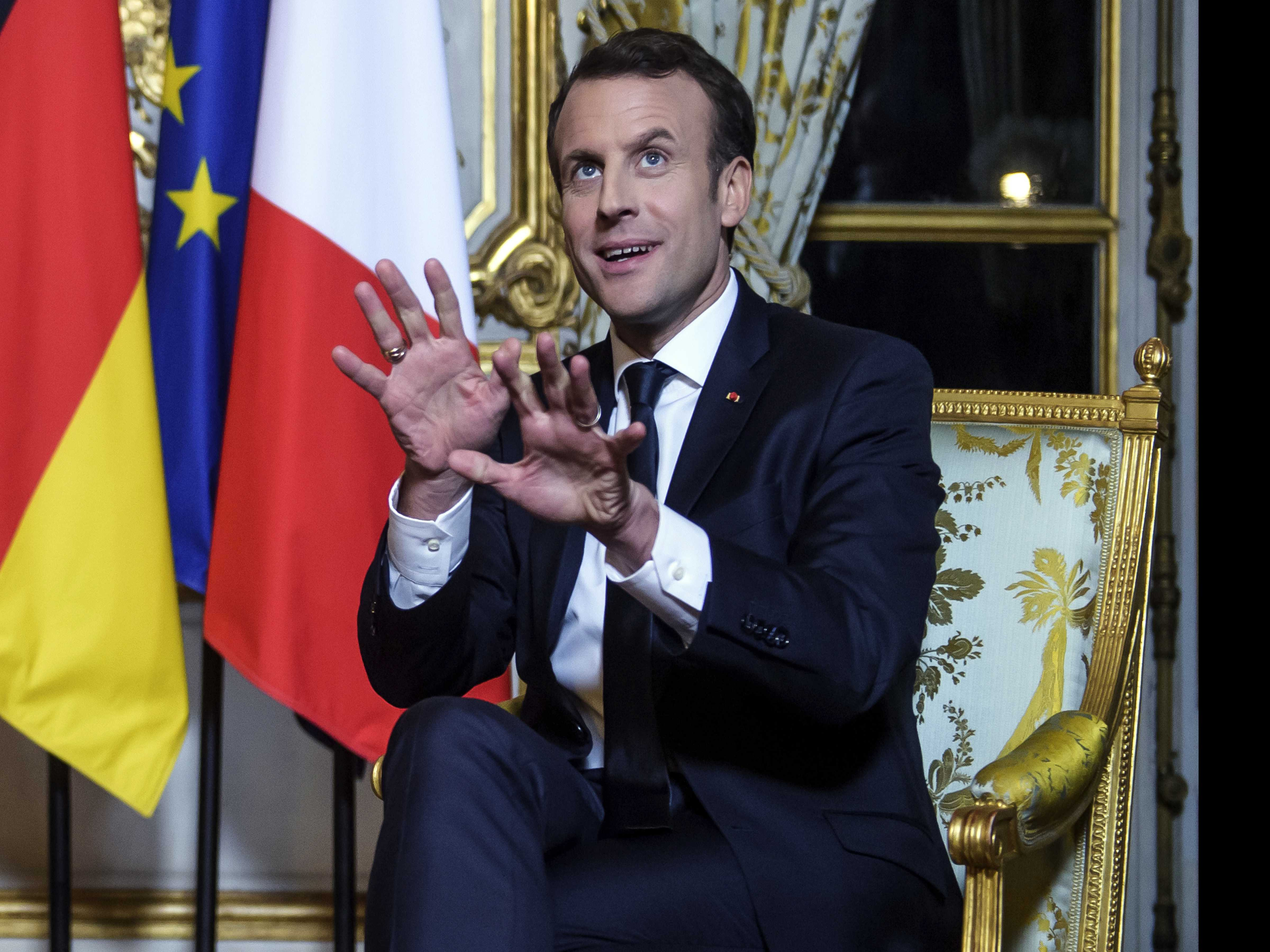 French President Warns: UK Can't Maintain Full Access to EU