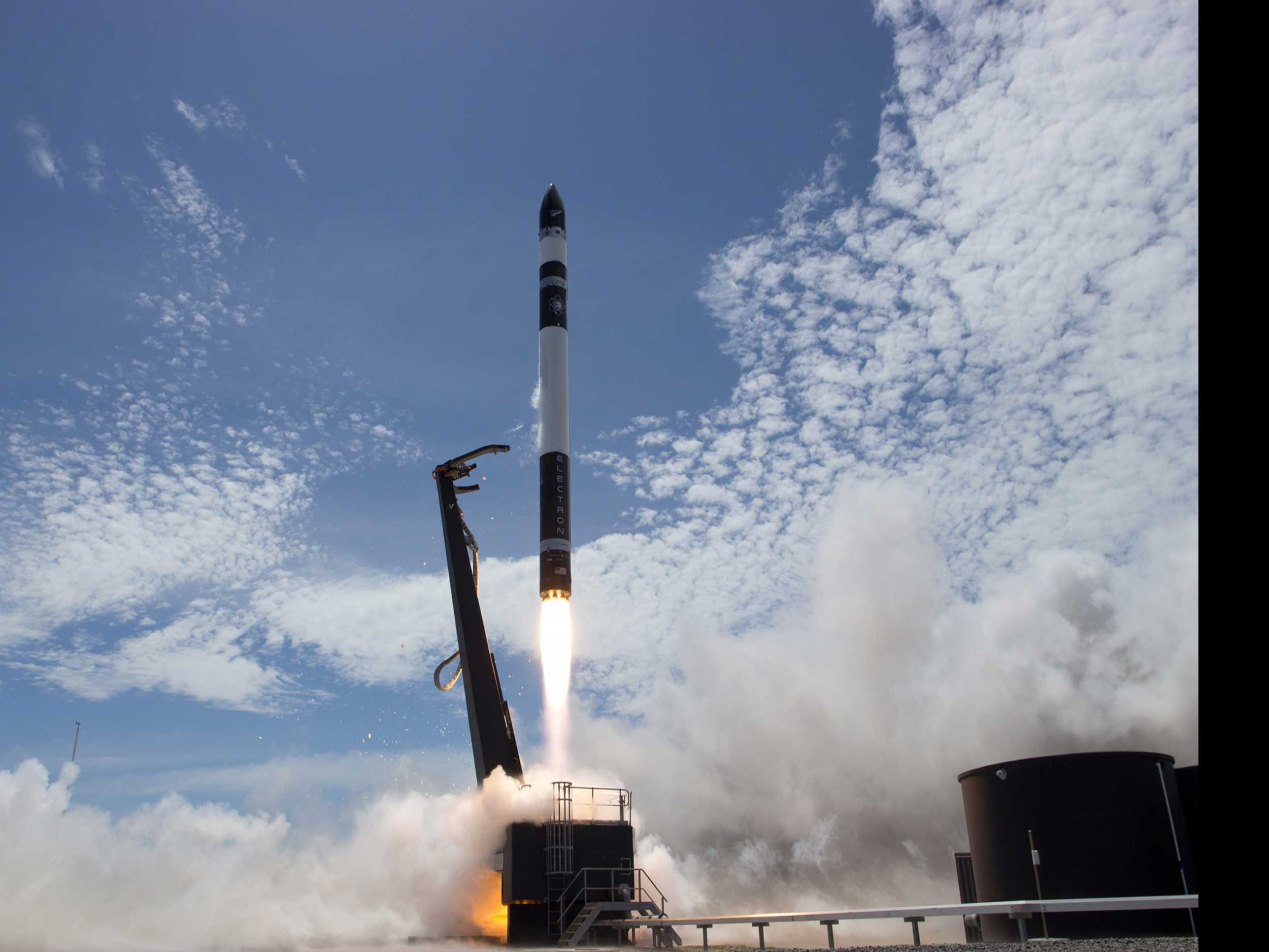 Commercial Rocket from New Zealand Deploys Small Satellites