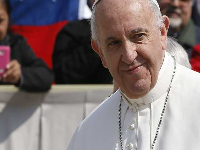 Pope Apologizes to Abuse Victims, but Defends Chilean Bishop