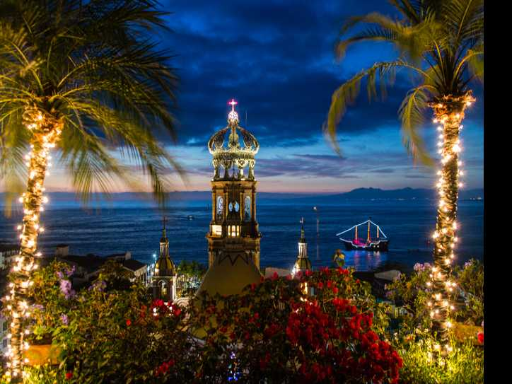 Puerto Vallarta Sets New Hotel Occupancy Record