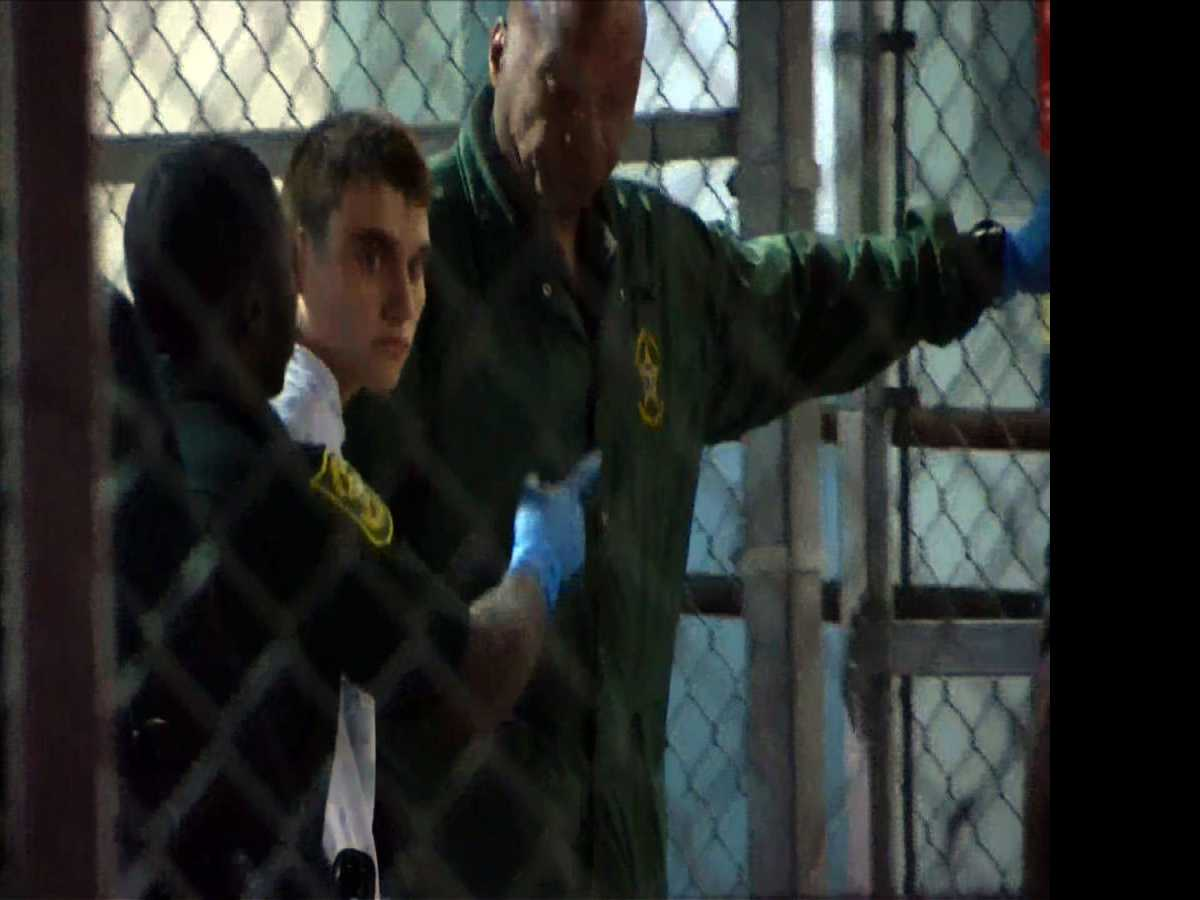 FBI Says It Failed to Investigate Tip on Florida Suspect