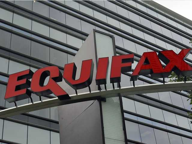 Democrats on House Panel Urge Equifax to Extend Protections