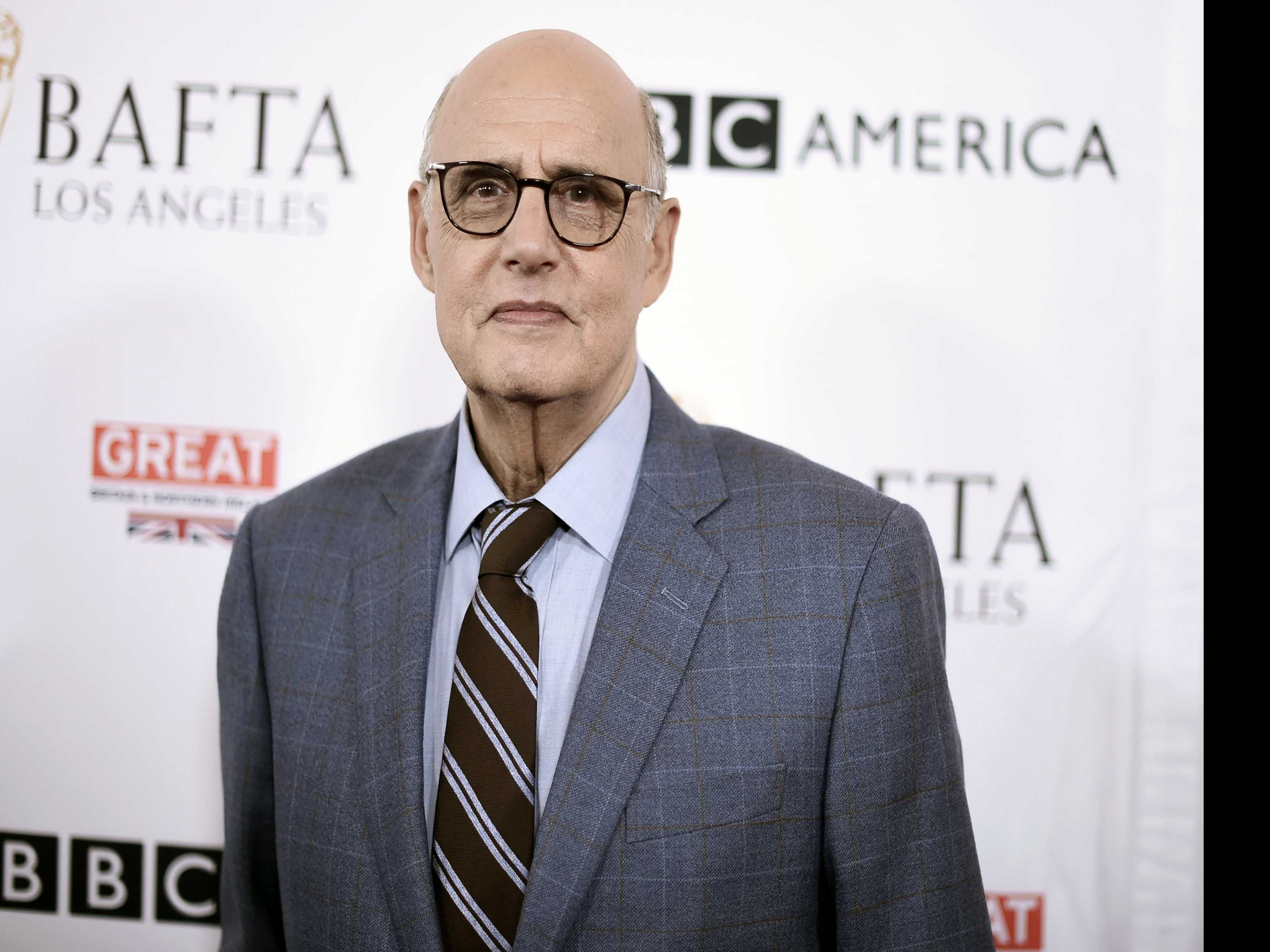 Comedian David Cross Says Most of 'Arrested Development' Cast Supports Jeffrey Tambor