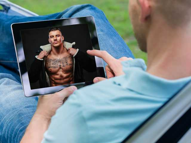 New Poll: Nearly 1 Out of 4 Straight Men Say They Watch Gay Porn, Had Same-Sex Experience