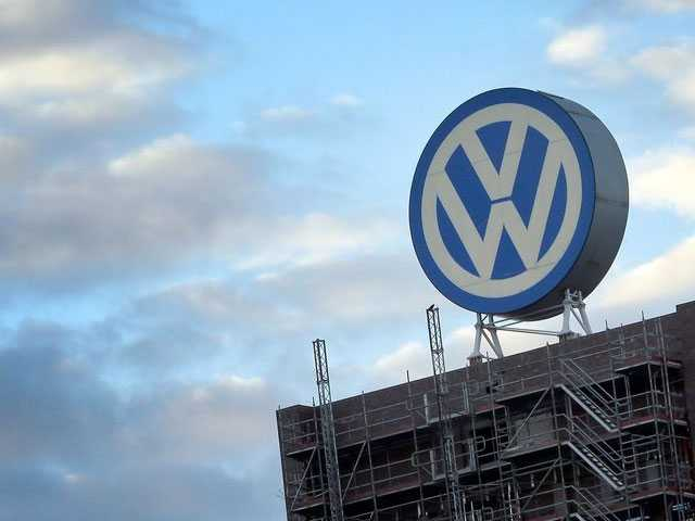 Volkswagen Boss Vows to be 'Part of Solution' on Diesel
