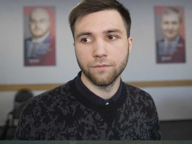 Breaking Mold, Some Russian Youth Speak Out Against Putin