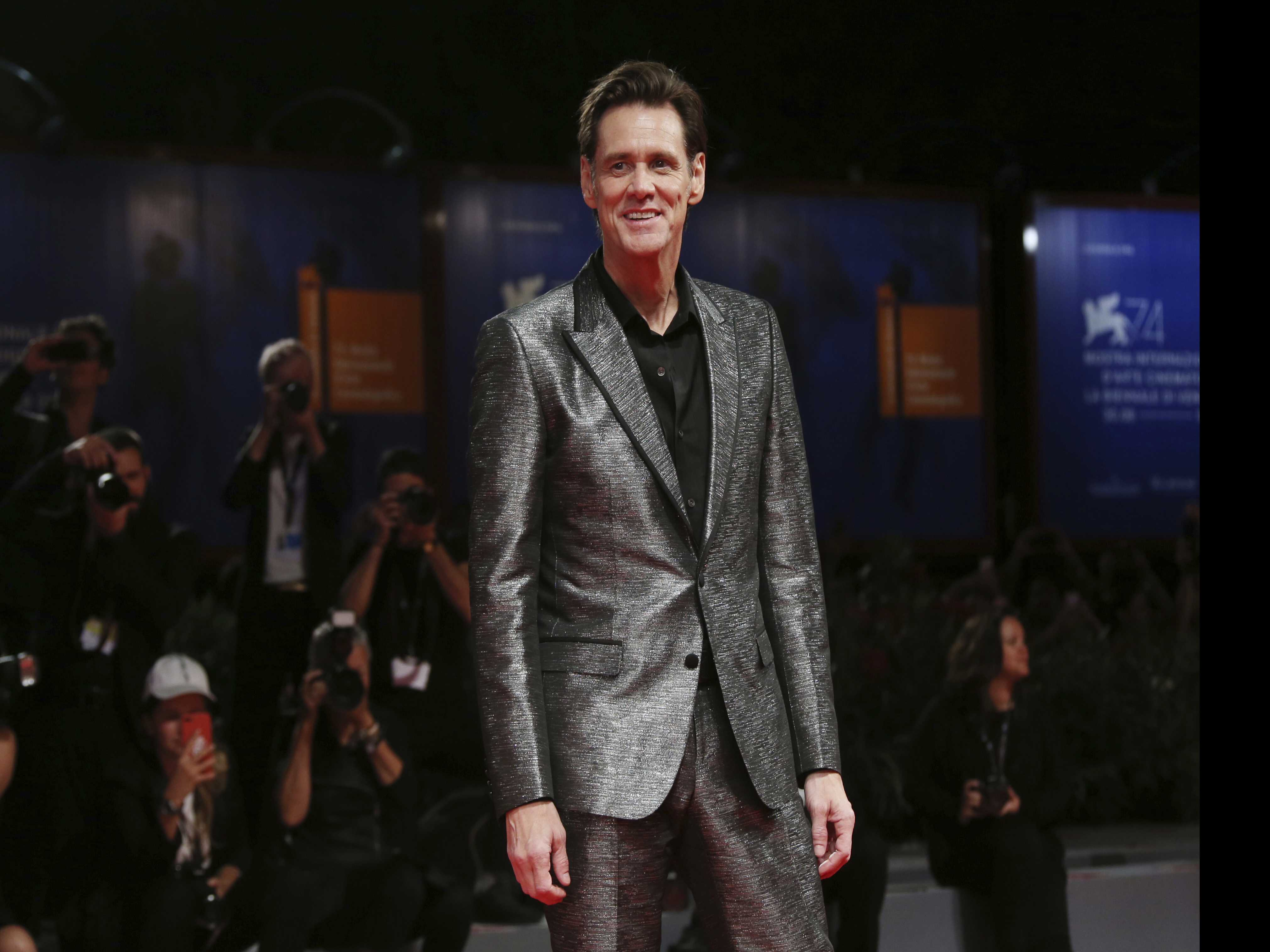 Jim Carrey Criticized for Portrait Believed to be Sanders