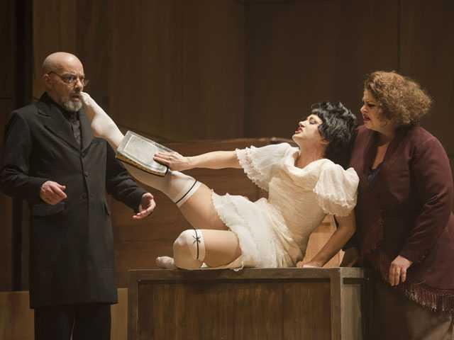 Review :: The Threepenny Opera (Boston Lyric Opera)