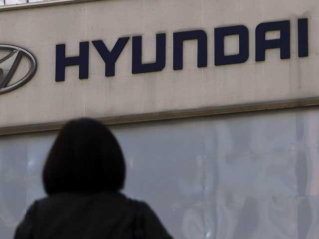 U.S. Probes 4 Deaths in Hyundai-Kia Cars When Air Bags Failed