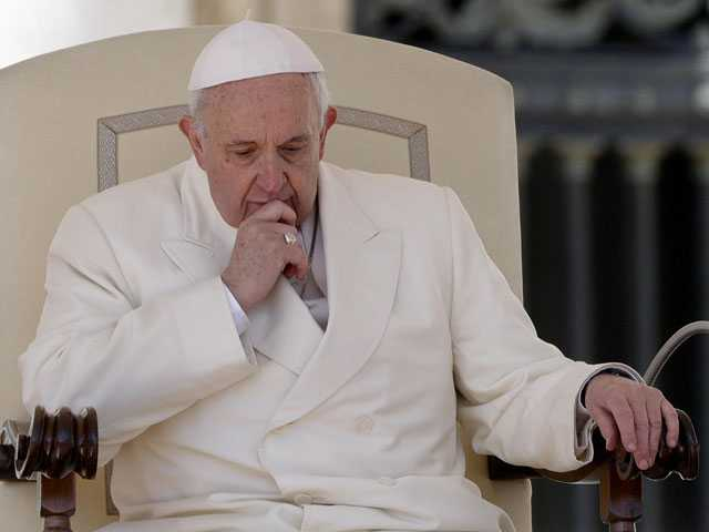 Pope Confirms Plans to Visit Dublin for August Family Rally