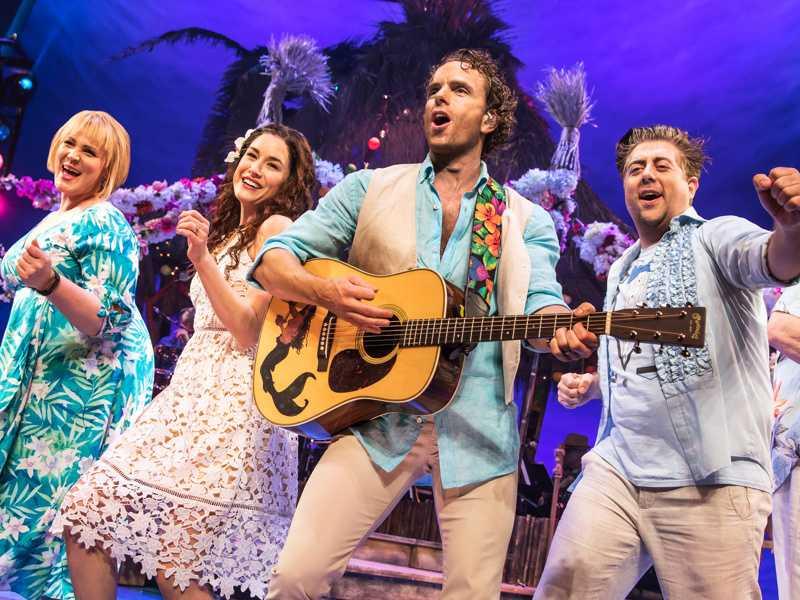 Review :: Escape to Margaritaville