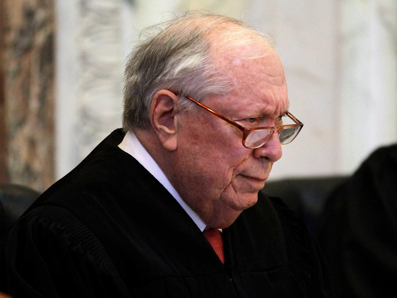 Stephen Reinhardt, Liberal Circuit Court Judge, Dies at 87
