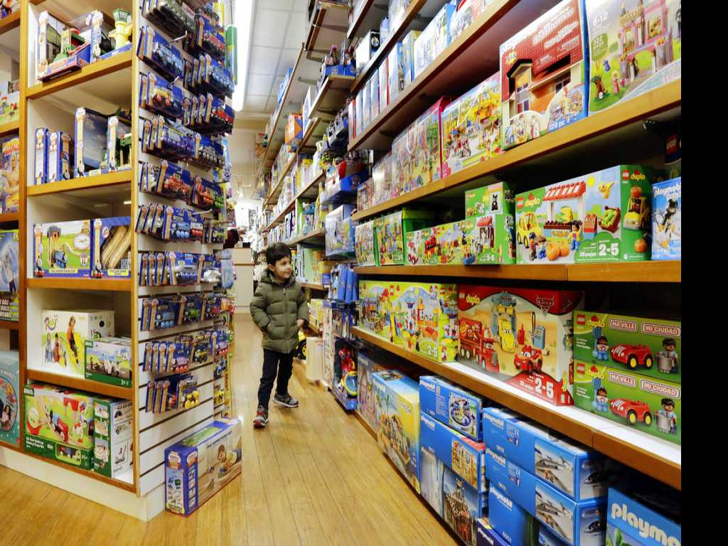 Magic, Expertise & Service Help Independent Toy Retailers