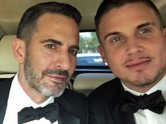 Watch: Designer Marc Jacobs Proposes to BF with Flashmob at Chipotle
