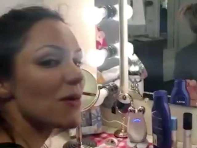 Watch: Ahead of Broadway Debut, Katharine McPhee Shouts Out Her 'Gay Boys'