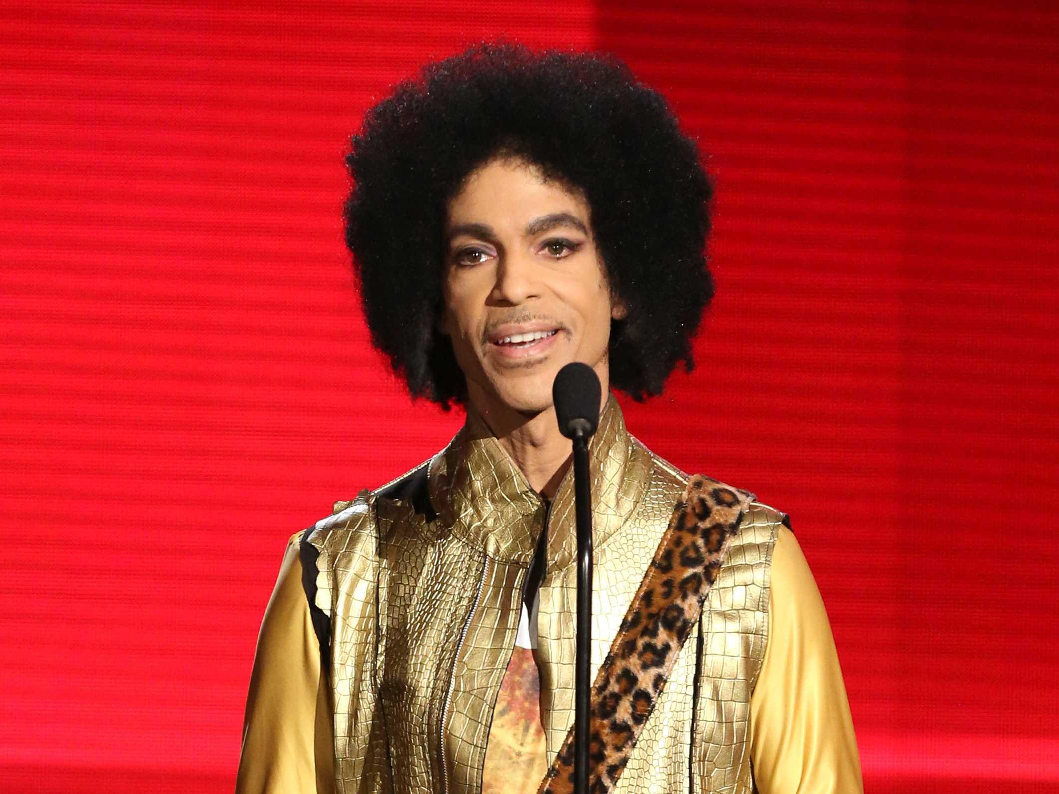 As Prince's Health Waned, Alarm Grew in Inner Circle