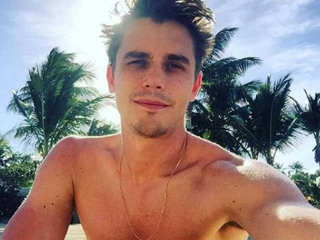 'Queer Eye' Star Antoni Porowski Shares Cheeky Photo for New Interview