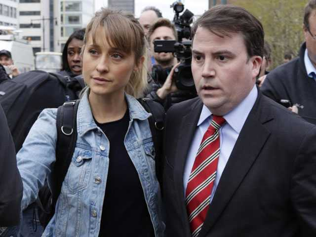 'Smallville' Actress Granted Bail in Alleged Sex Cult Case