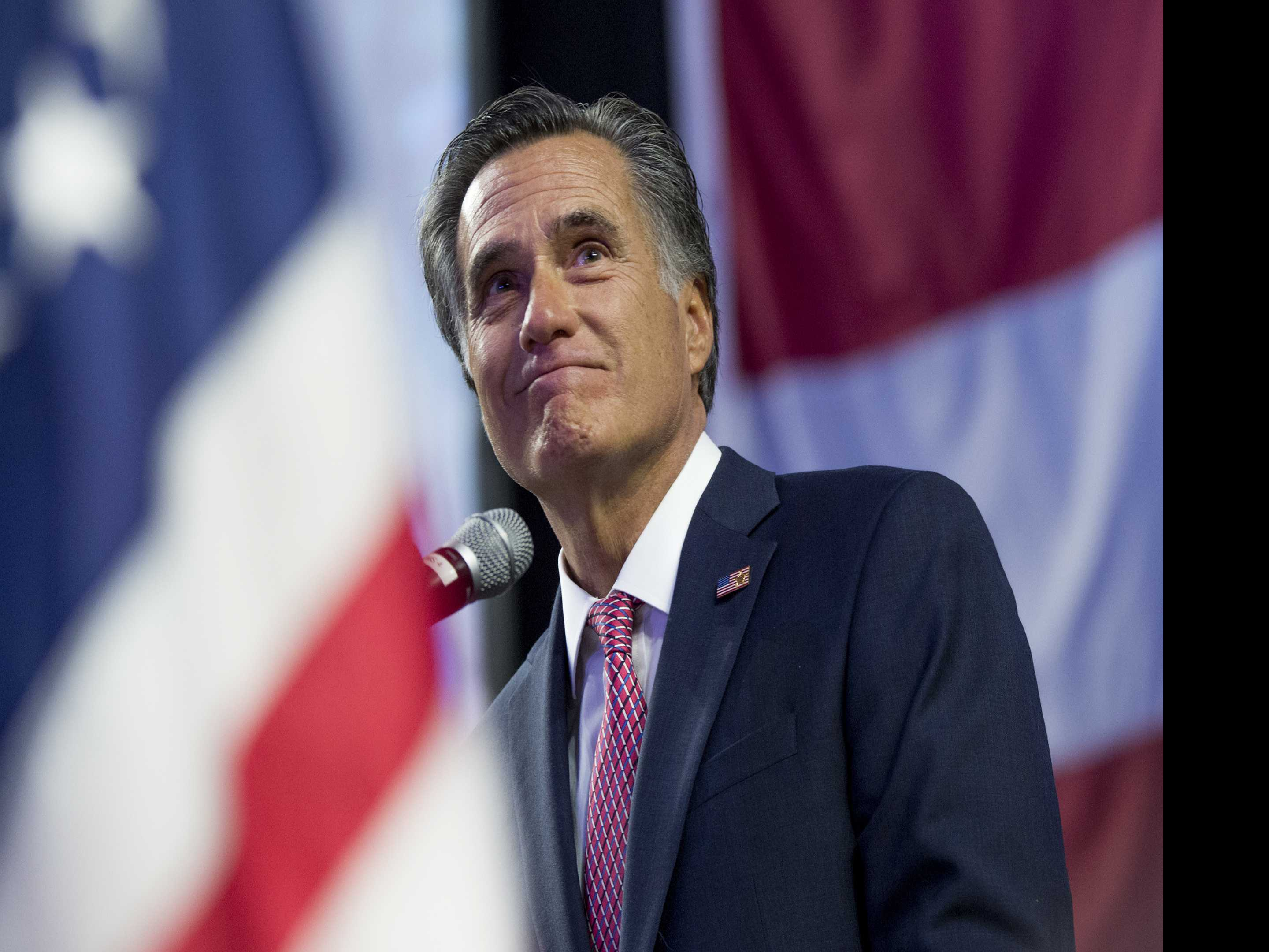 AP FACT CHECK: Romney Didn't Illegally Gather Voter Info