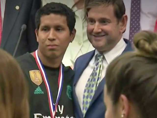 Miami Beach Honors Good Samaritan Who Came to Defense of Gay Couple Being Bashed