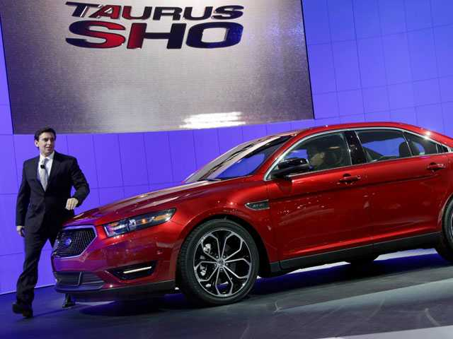 Once America's Best-Selling Car, the Ford Taurus Dies, Again