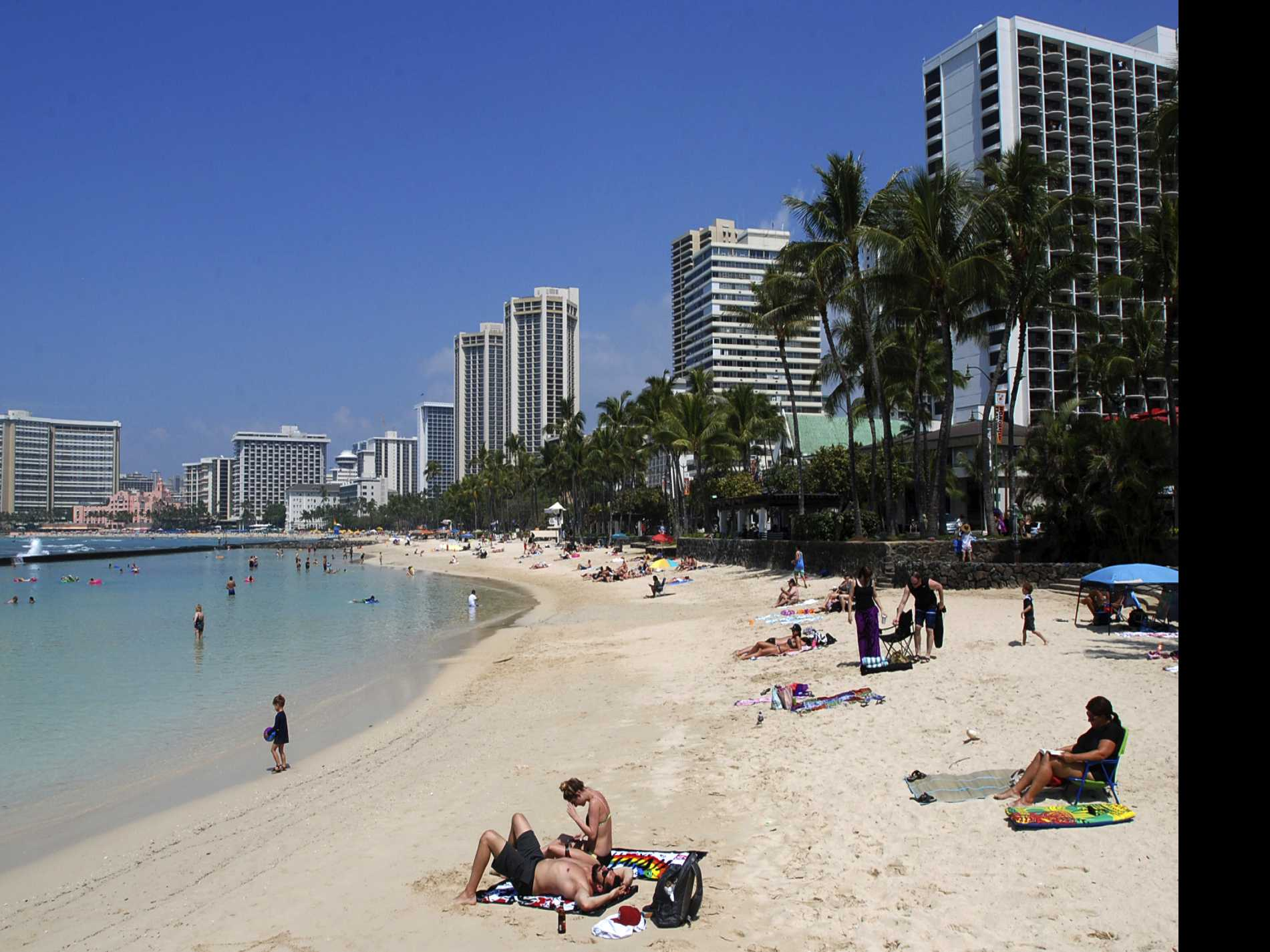Hawaii Poised to Ban Sale of Some Sunscreens That Damage Coral