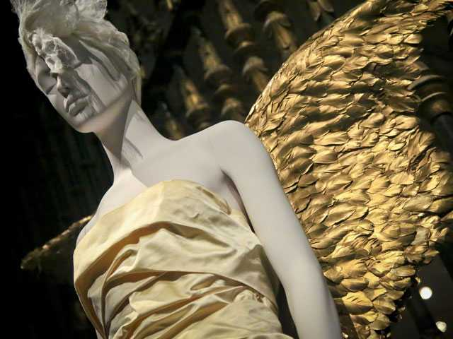 Vatican Bling Takes Center Stage at New Met Fashion Exhibit