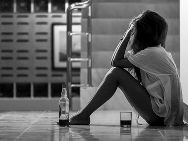 Women, Alcohol Abuse, and 4 Coping Skills for Recovery