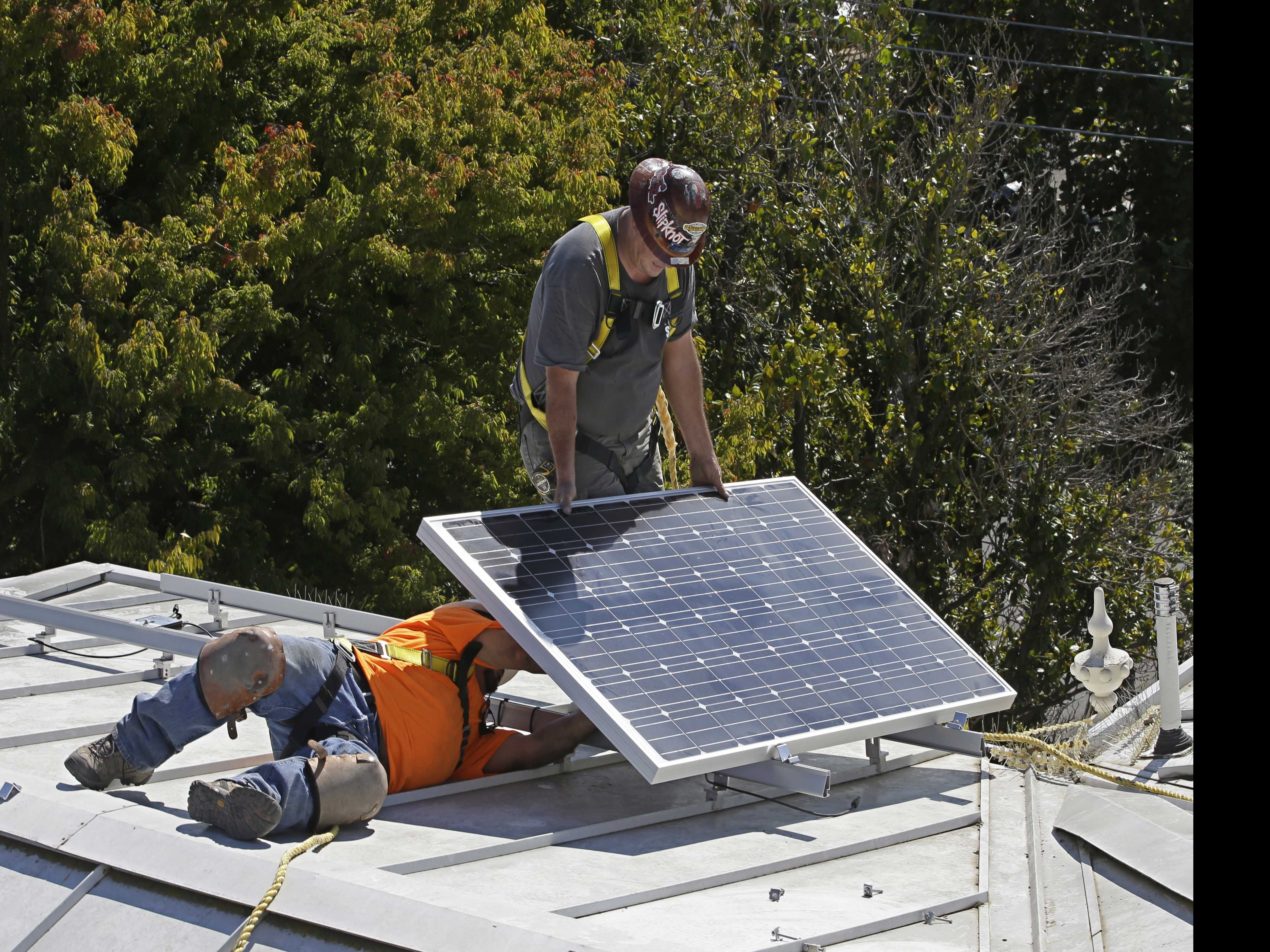 California Moves Forward with Solar Panel Home Standard
