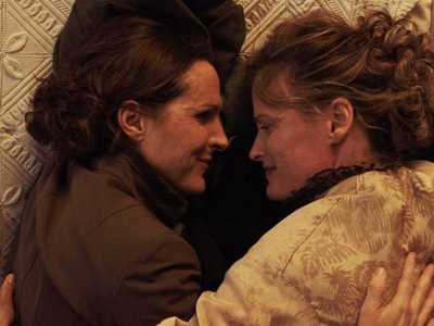 Review :: Wild Nights With Emily (Ptown Film Festival, Frameline)
