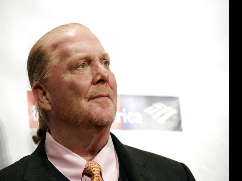 Restaurant Group Negotiating to Buy Out Mario Batali