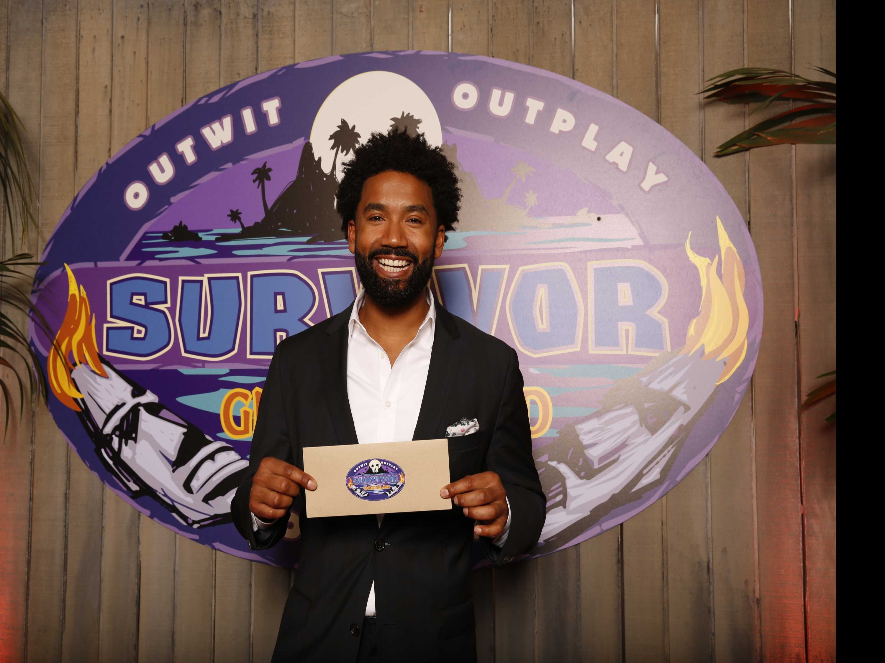 'Survivor' Final Vote Ends in Tie, Philadelphia Man Wins