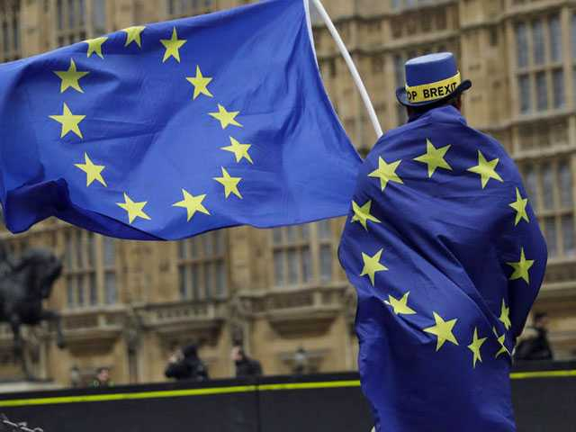 UK Parties Divided over Brexit as Businesses Sound Warnings