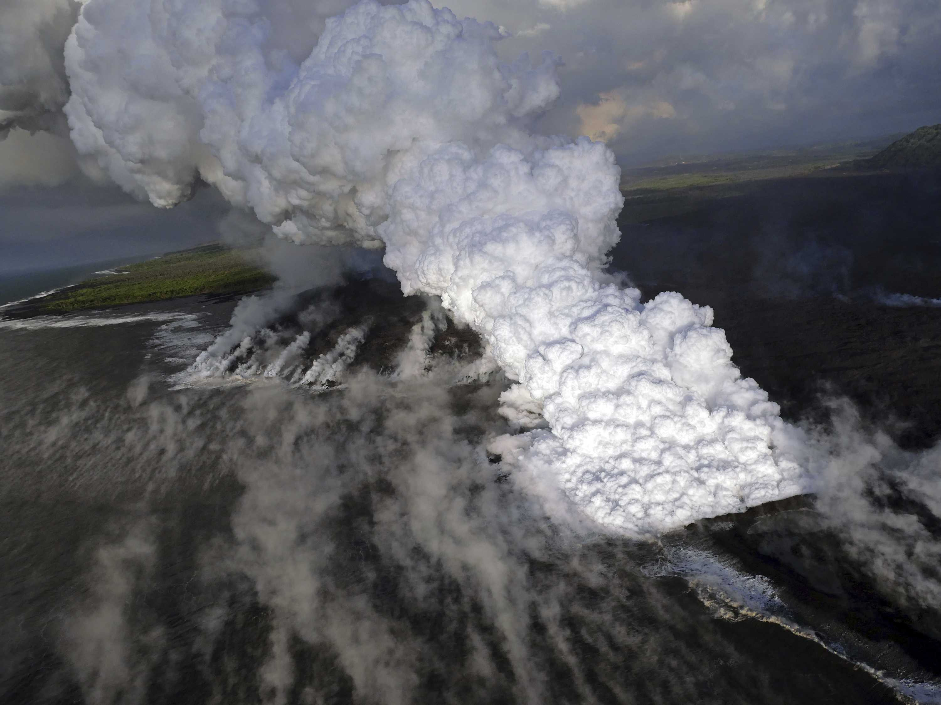Scientists: No Way to Know When Hawaii Eruption Will End