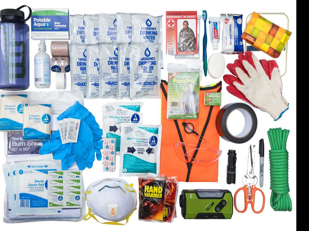 What Goes in a Go-Bag? How to Prepare an Emergency Kit