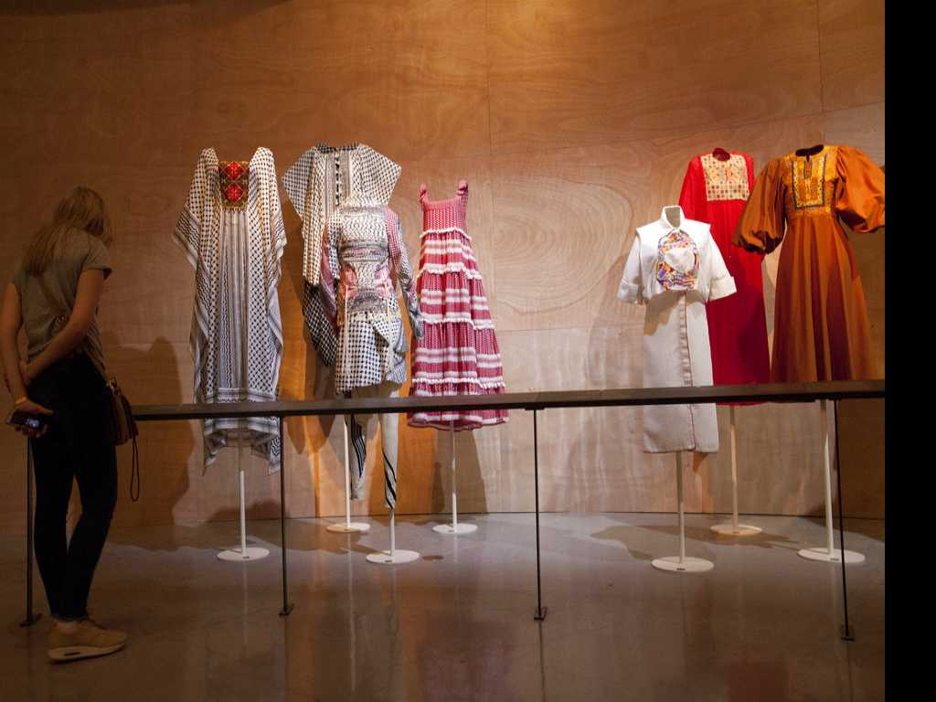 Israeli Museum Marks 100 Years of Holy Land Fashion