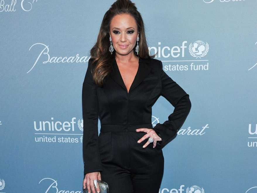 Leah Remini to Play Conservative Lesbian Mother in New Sitcom
