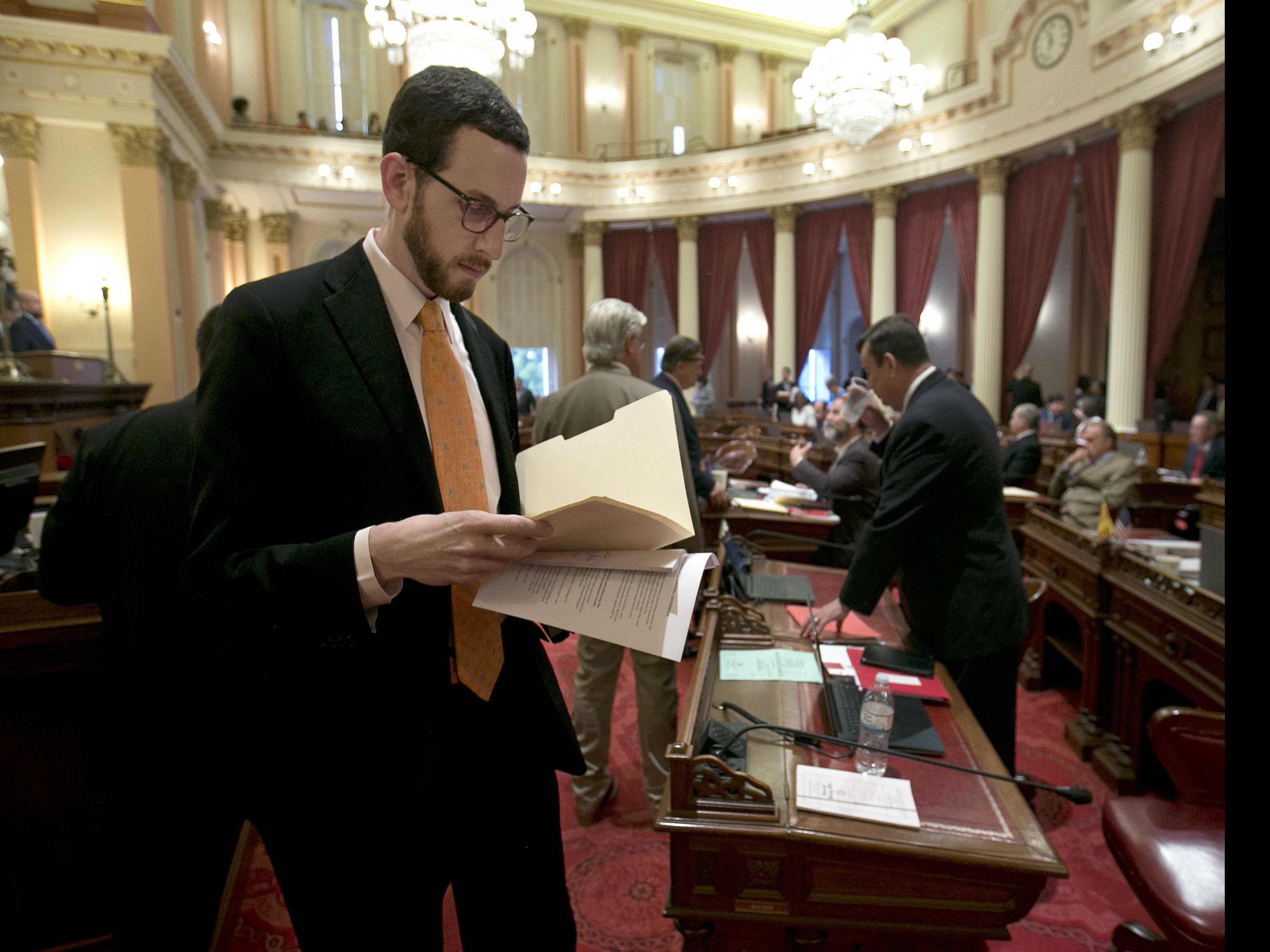 Net Neutrality Backers Fume as California Bill Watered Down