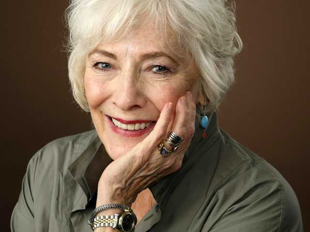 Actress Betty Buckley Wants to 'Make America Happy Again'