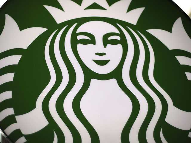 Starbucks, Citing Ocean Threat, is Ditching Plastic Straws