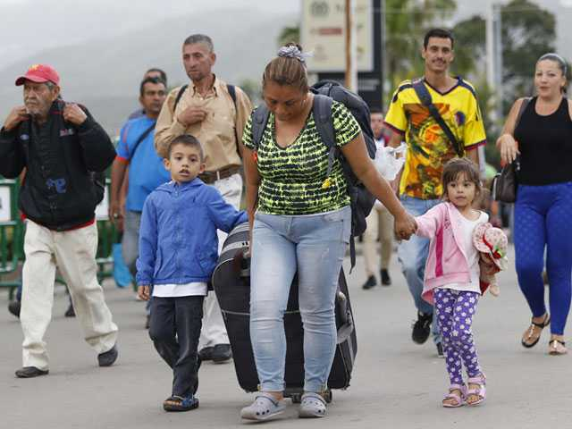 Kids Fleeing Venezuela Left Hungry, Sick and Even Abandoned