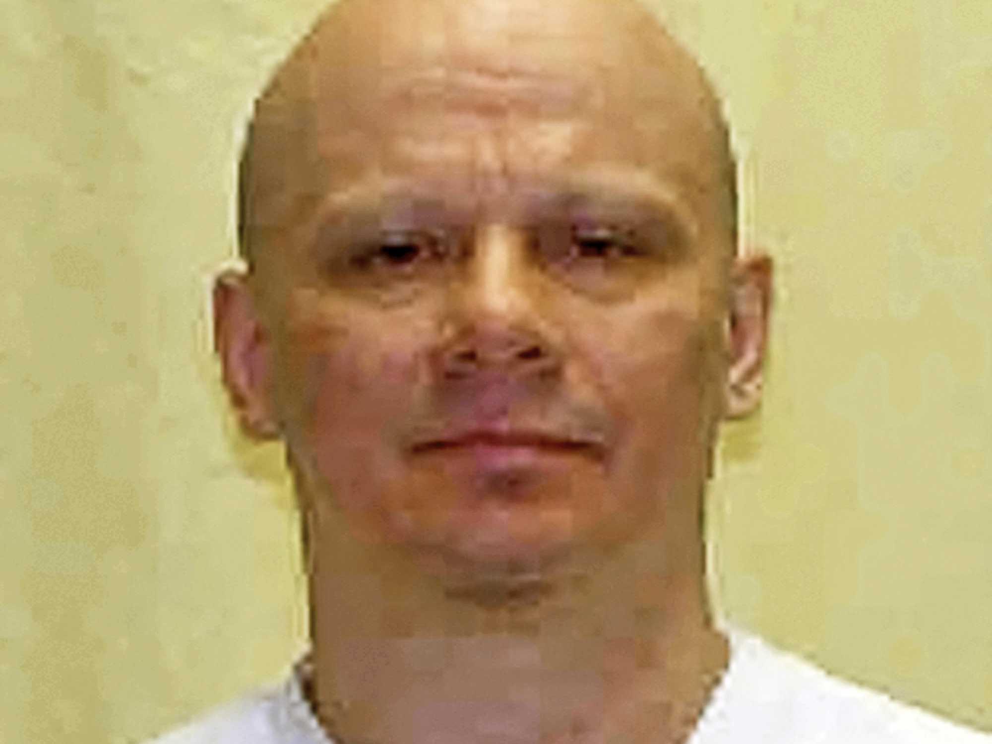 Ohio Prison Staff Set to Execute Killer of Man Met in Bar