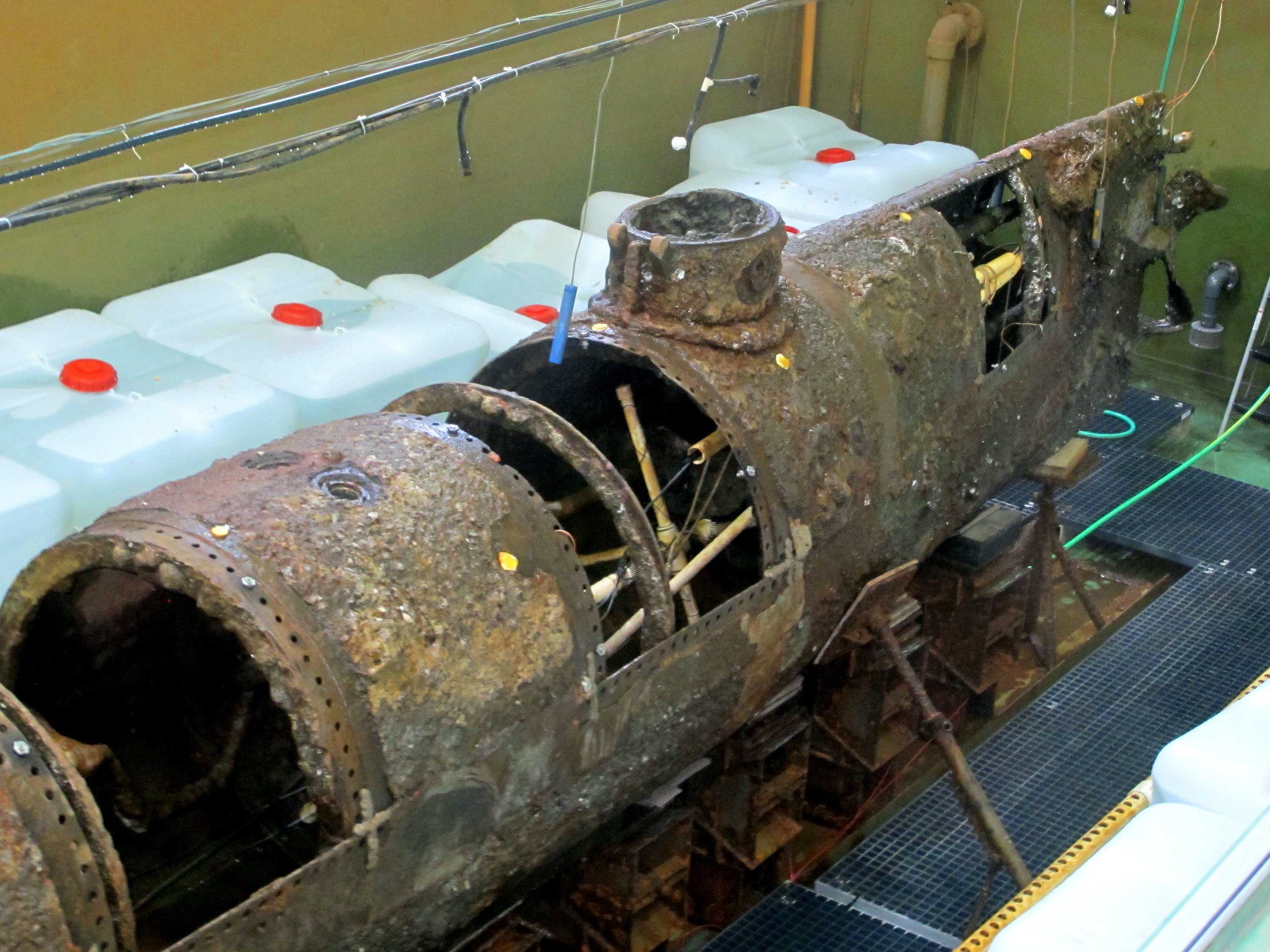Clues to Confederate Mystery: Sub's Crew Never Dumped Weight